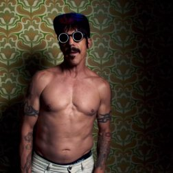 #9. Red Hot Chili Peppers - Dark Necessities. 23 plays.