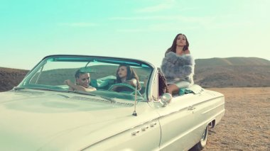 #1 Little Mix - Shout Out To My Ex - 47 plays