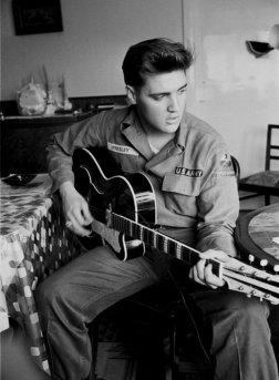 #9 Elvis Presley - 60 plays