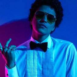 #7 Bruno Mars - 64 plays