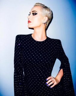 #3 Katy Perry - 155 plays